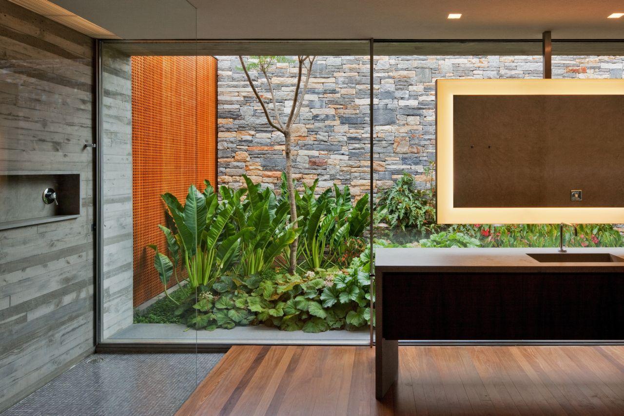 Arquitetura casa v4 de marcio kogan decora o pra casa for House and garden bathroom ideas