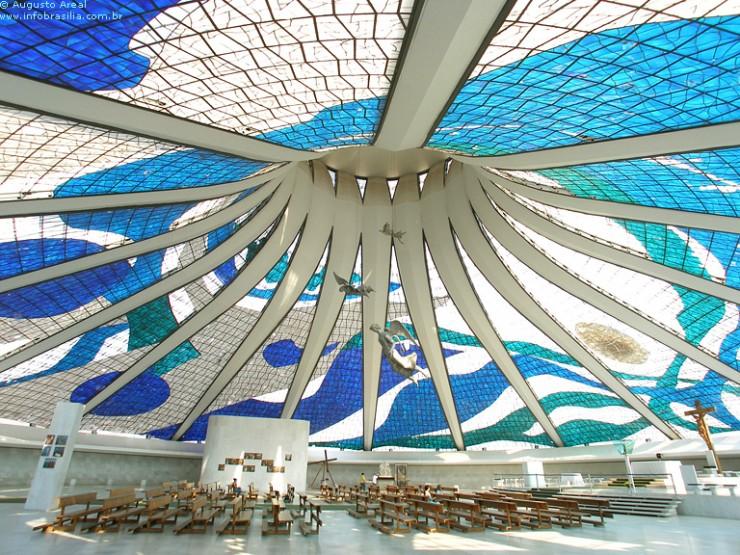 catedral metropolitana brasília  Oscar Niemeyer, uma lenda viva CATEDRAL e1348654284969
