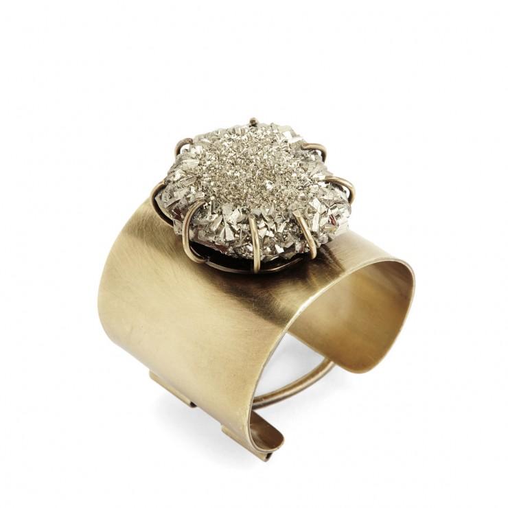 Kelly Wearstler peça em latão  Projetando jóias Kelly Wearstler brass piece e1348738950353