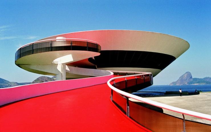 oscar - niemeyer - 2  Oscar Niemeyer, uma lenda viva oscar niemeyer 2 e1348652151512