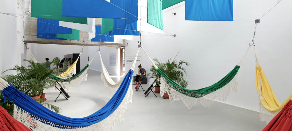 riposatevi header  Verde e amarelo na Bienal de Veneza riposatevi header