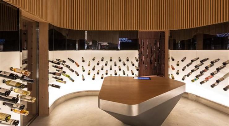 Arquitectura - Mistral Wine Bar do Studio Arthur Casas Mistral Wine Bar by Studio Arthur Casas 6 e1350036021908