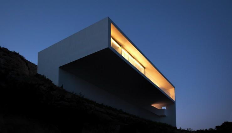 Fran Silvestre Arquitectos-3  Arquitectura – Deslumbrante Casa del Acantilado  Fran Silvestre Arquitectos 3 e1356632859678