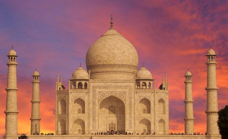 Taj-Mahal-in-Agra-India  A nova mesa de jantar da BRABBU Taj Mahal in Agra India e1355221384404