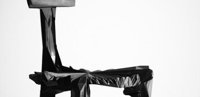 """noize-chairs-estudio-guto-requena"""