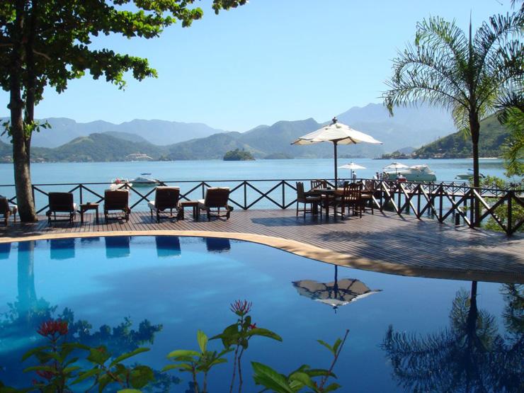 """""""Pestana Angra Beach Bungalows""""  Melhores Hotéis de Luxo em Angra dos Reis Pestana Angra Beach Bungalows"""