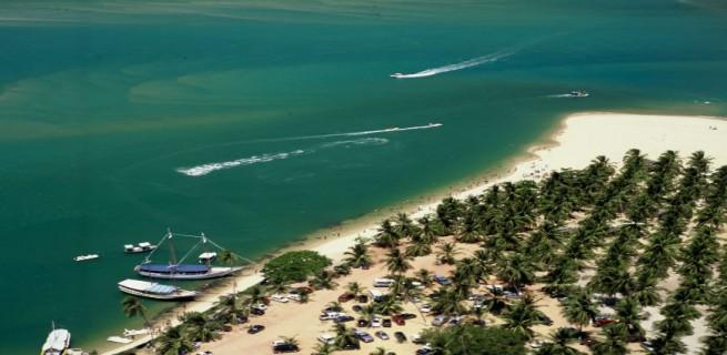 """""""Praia do gunga, uma das 10 melhores praias do Brasil.""""  Lifestyle: 10 melhores praias do Brasil Gunga 655x320"""