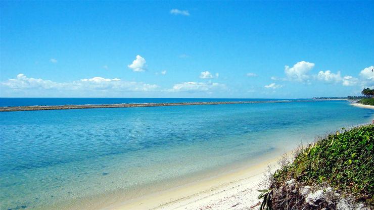 """""""Praia Muro Alto, uma beleza única.""""  Lifestyle: 10 melhores praias do Brasil Muro Alto"""