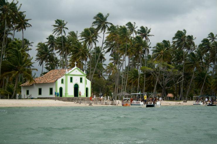 """""""Praia dos carneiros, no Nordeste, uma beleza unica.""""  Lifestyle: 10 melhores praias do Brasil Praia dos Carneiros1"""