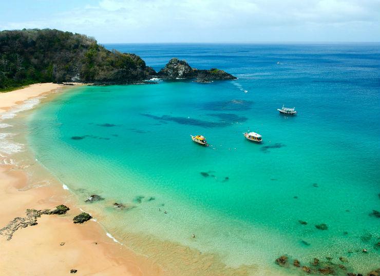 """""""considerada pelo Tripadvisor a melhor praia do Brasil.""""  Lifestyle: 10 melhores praias do Brasil baiadosancho"""