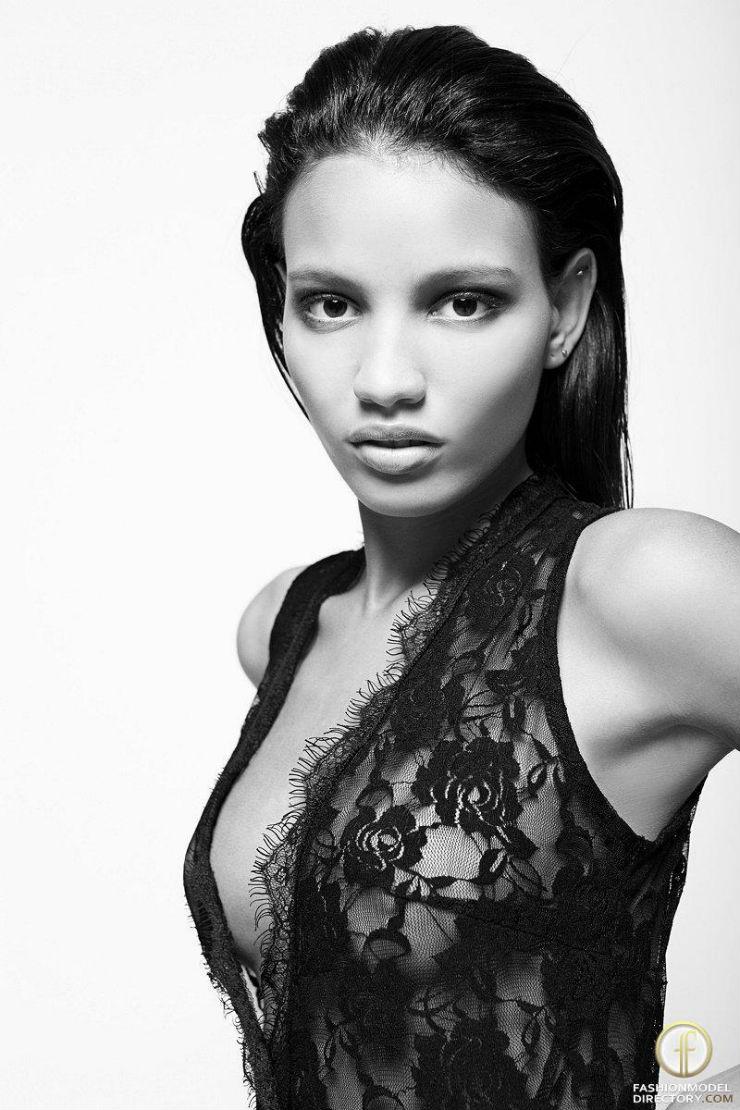 """""""Verdiana Ferreira, dando cartas na moda internacional.""""  SPFW: 10 manequins que marcam essa edição veridiana ferreira"""