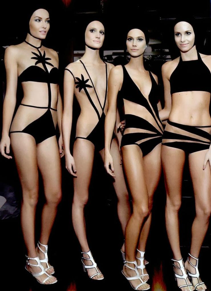 """""""Adriana Degreas e seus biquinis pretos e sensuais.""""  Sensual na praia: bikinis para deixar qualquer um louco adrianadegreas2014"""
