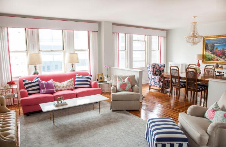 """""""Sofá cor de rosa""""  Sexo no sofá: 10 modelos que você vai querer testar caitlin"""