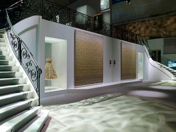 """""""interior da exposição Miss Dior em Paris.""""  Maria Nepomuceno é artista brasileira convidada da Casa Dior missdiorinterior"""
