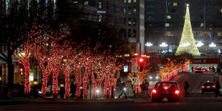 """""""Montreal e suas iluminações de Natal.""""  Lifestyle: As 10 cidades mais bacanas no Natal montreal"""