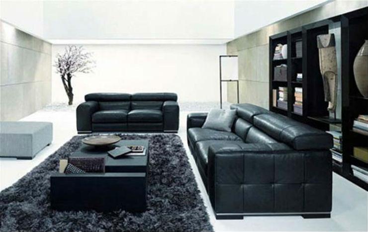"""""""Sofa de pele fica bem em quase todas as salas.""""  Sexo no sofá: 10 modelos que você vai querer testar sofapele"""