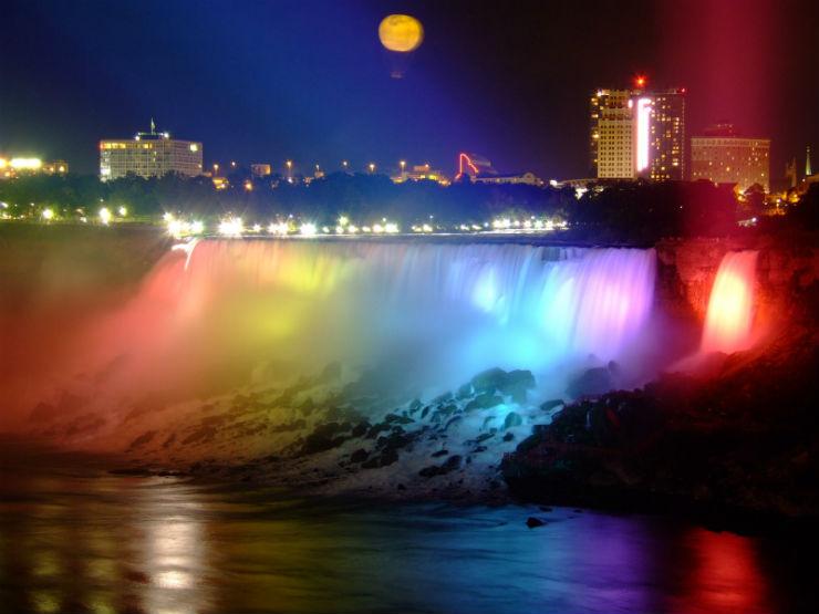 """""""Fim de ano nas Niagara Falls""""  Lifestyle: Top 10 destino para passar o final de Ano NiagaraFimdeAno"""