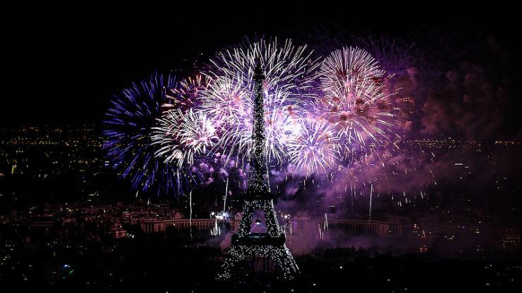"""""""Fim de ano em Paris""""  Lifestyle: Top 10 destino para passar o final de Ano Paris New Years Eve"""
