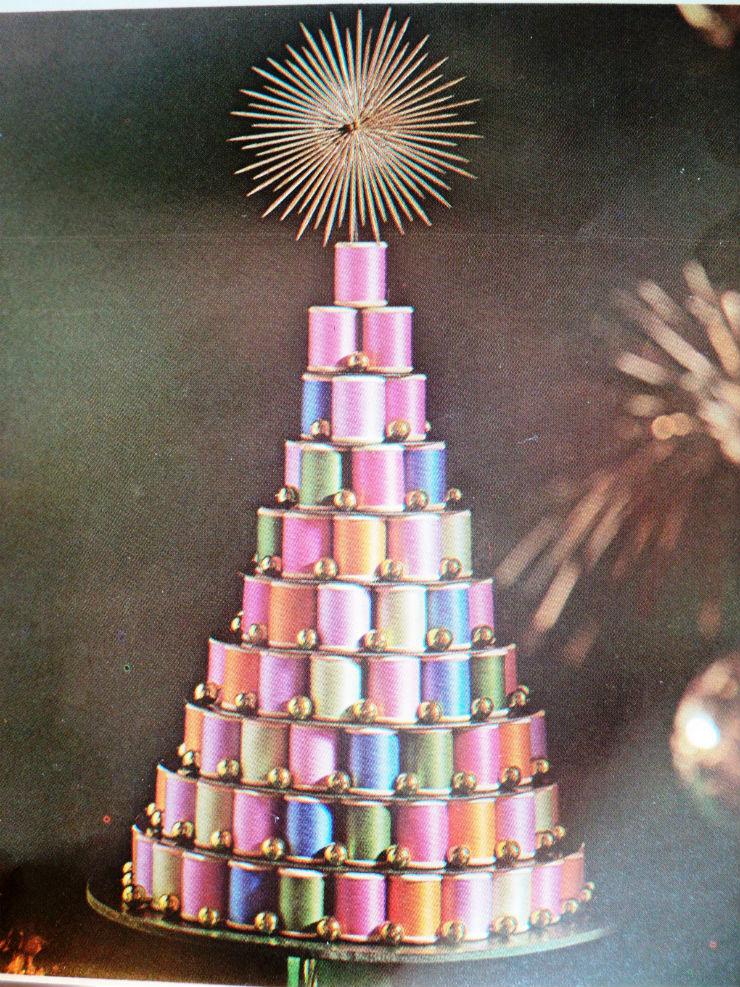arvoredenatalcomlinhas  Decoração: 10 Árvores de Natal exóticas arvoredenatalcomlinhas