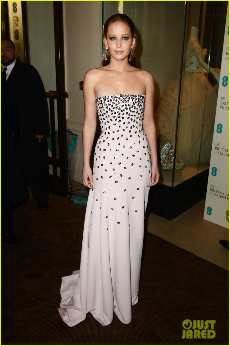"""Jennifer Lawrence @ Baftas""  Moda: O estilo de Jennifer Lawrence JLBaftas"