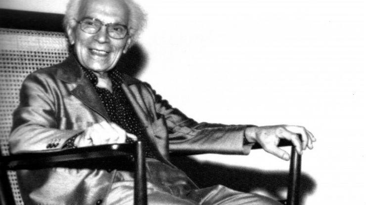 """""""Joaquim Tenreiro, mestre do mobiliário""""  Design: Joaquim Tenreiro, o mestre do design brasileiro joaquim Tenreiro"""