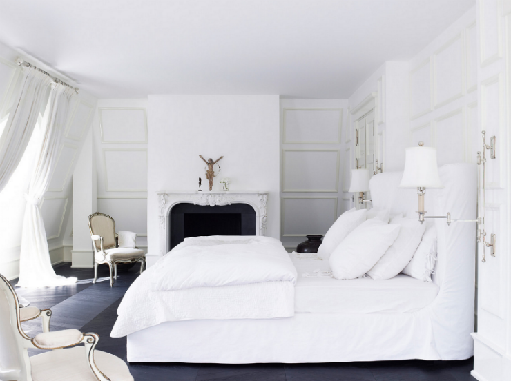 """""""Quarto branco com lareira""""  Decoração:10 quartos brancos quartobrancolareira"""