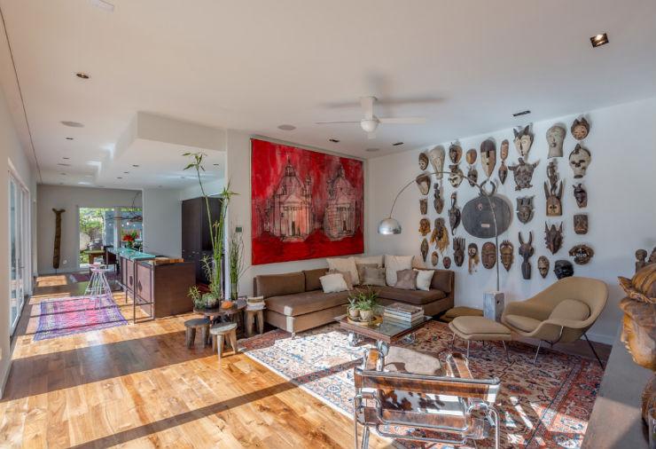 """sala de estar inspirada no Carnaval""  Top salas com decoração inspirada no Carnaval sala carnaval7"