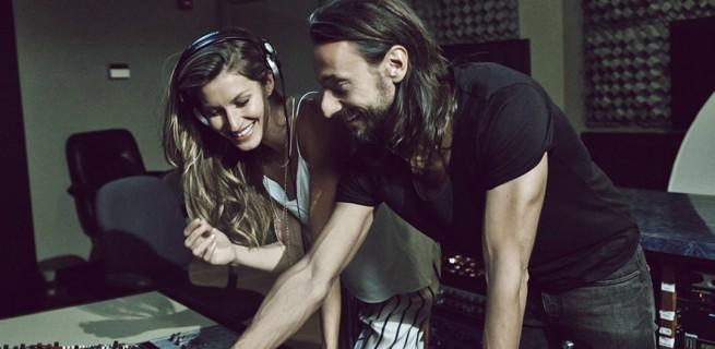Gisele Bündchen canta no novo anúncio da H&M