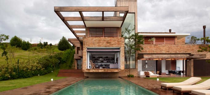 Arquitetura: Quem é Arthur Casas ?