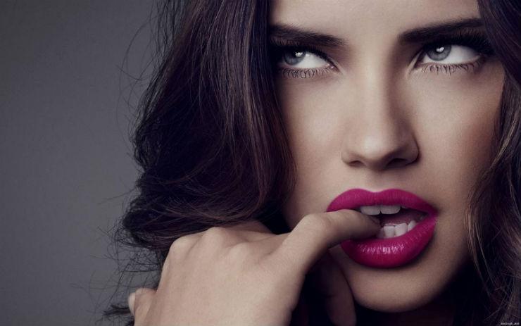 """""""Modelos brasileiras mais adoradas""""  A moda na Copa do Mundo: modelos brasileiras adoradas por todos adriana lima"""