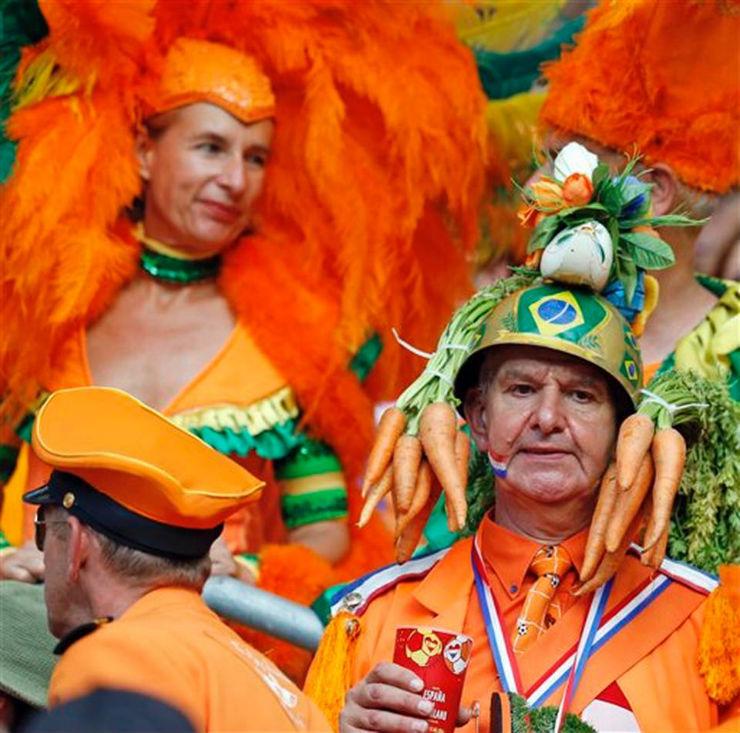 """""""Torcidas na Copa do Mundo 2014""""  As melhores torcidas da Copa do Mundo holanda"""