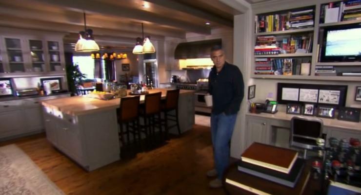 """""""Casa de George Clooney em Los Angeles""""  Casa & Decoração: onde vai viver o Casal Clooney image 1"""