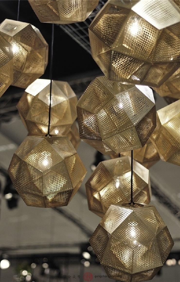 10-dicas-de-luminarias-para-decorar-a-sua-sala-que-valem-ouro-parte-1-02  10 dicas do Decoração Pra Casa com luminárias para a sua sala que valem ouro (parte 1) 10 dicas de luminarias para decorar a sua sala que valem ouro parte 1 02