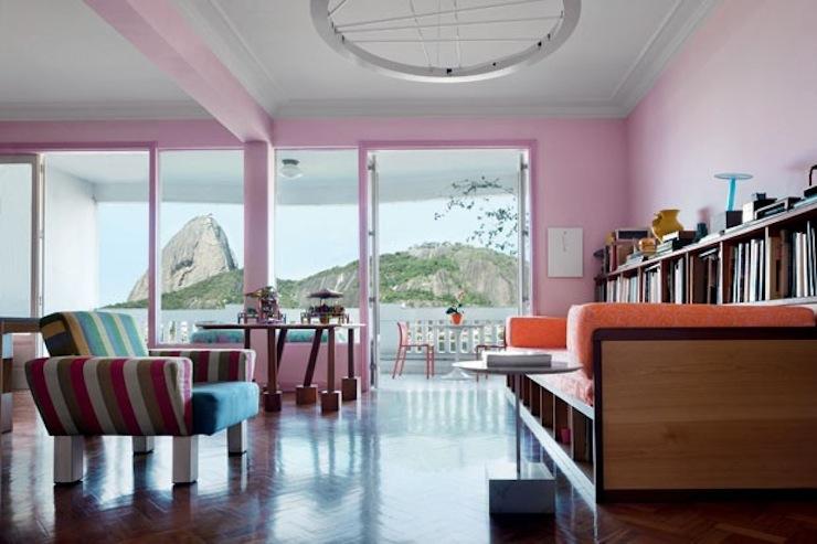 la-vie-en-rose-10-salas-decoradas-na-cor-rosa-rose-quartz  La vie en rose: veja 10 salas decoradas na cor rosa, de cima a baixo cv338 editorial memphis 01