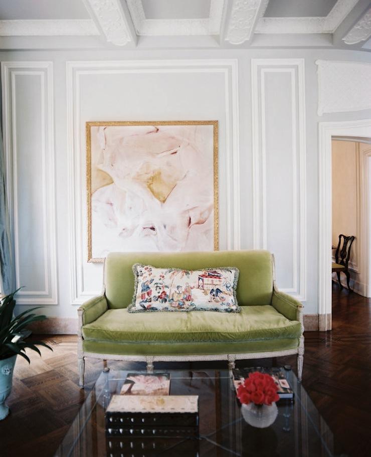 sofas-coloridos-ousadia-na-hora-de-decorar-verde  Sofás coloridos: ousadia na hora de decorar sofas coloridos ousadia na hora de decorar verde