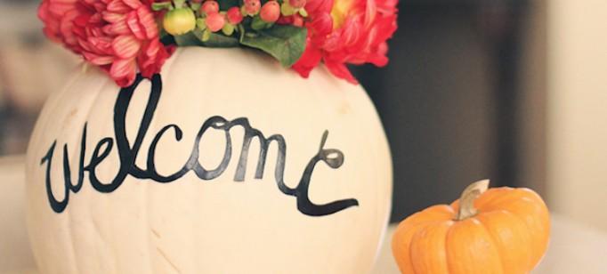 9-maneiras-de-usar-flores-na-sua-decoracao-de-halloween-cover  9 Maneiras de usar flores na sua decoração de Halloween 9 maneiras de usar flores na sua decoracao de halloween cover 682x308